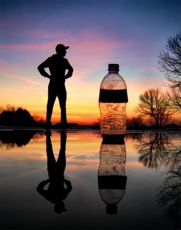 water bottle mockup 880